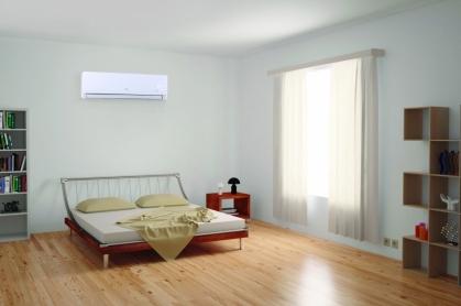 Midea Blanc 2230 KCAL/H  - Aire acondiconado split inverter calefacción climatización radiadores calderas carrier midea