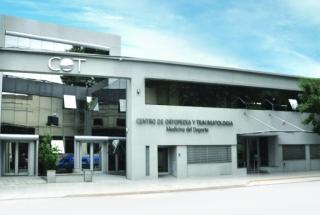 CENTRO DE ORTOPEDIA Y TRAUMATOLOGÍA (C.O.T) - Aire acondiconado split inverter calefacción climatización radiadores calderas carrier midea